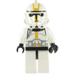 Clone Trooper Ep.3 with Yellow Markings and No Pauldron