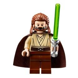 Qui-Gon Jinn (with breather)
