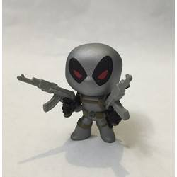 Deadpool With Guns X-Force Metallic