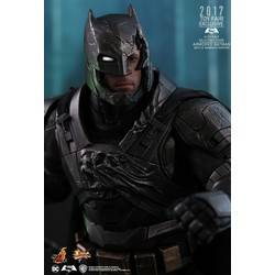 Armored Batman (Battle Damaged Version)