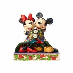Warm Wishes - Mickey and Minnie Wrapped in Quilt