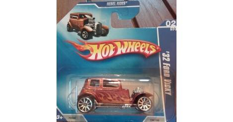 32 Ford Vicky - Classic Hot Wheels model P2458
