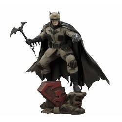 Premium Figure - Batman Red Son